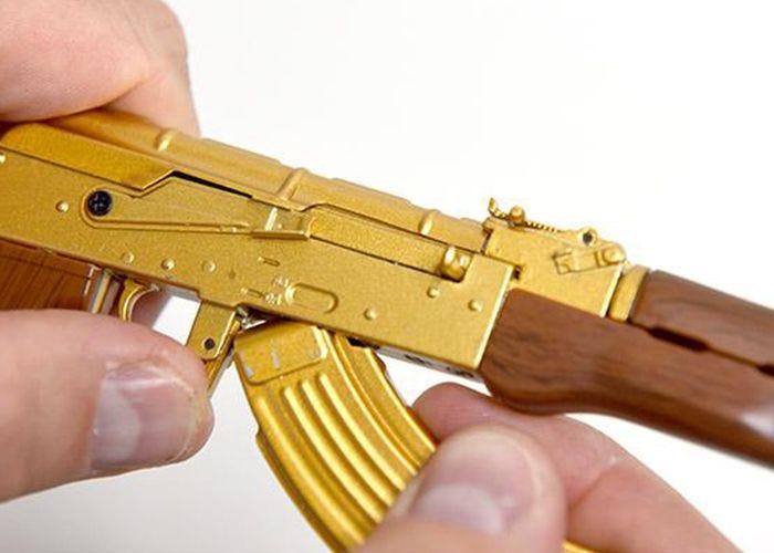 AK47 Gold Miniatuur - GoatGuns